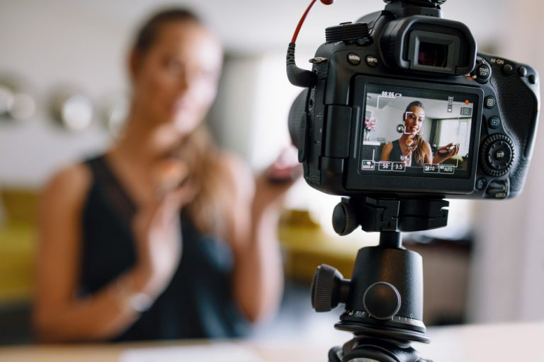 Video blogging and youtube ads 768x512 1