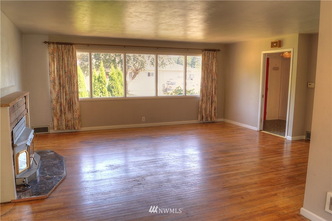 2Br For Rent 1017 N 8th St, Shelton, WA 98584