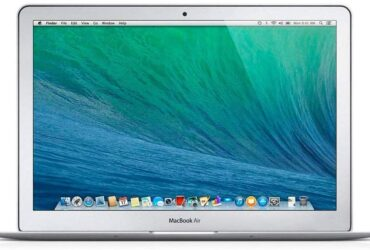Apple MacBook Air MD711LL/A 11.6-inch Laptop – Intel Core i5 1.3GHz – 4GB RAM – 128GB SSD (Renewed)